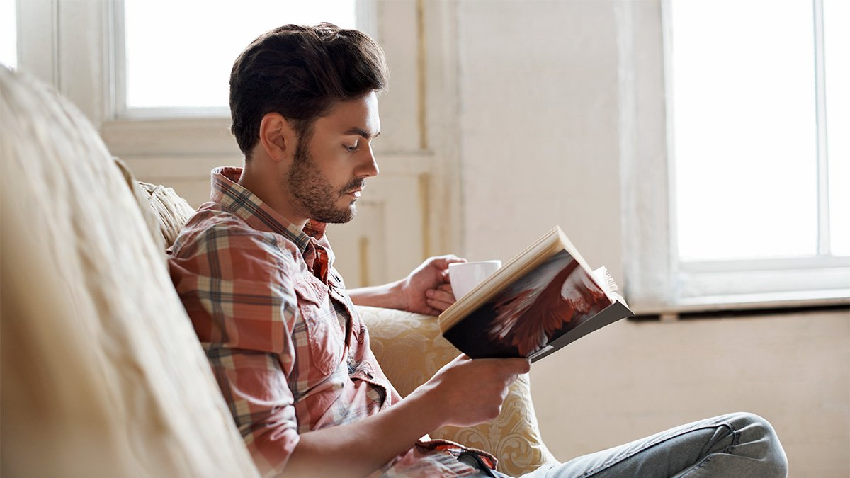 Great Books Under 200 Pages To Read During Winter Break College Life