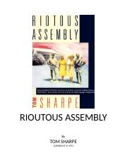 Tom Sharpe - [South Africa 01] - Riotous Assembly.rtf